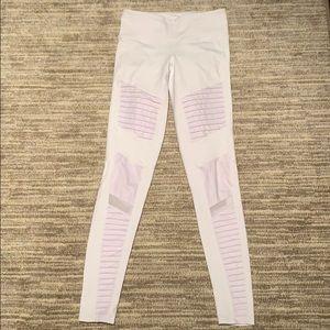 Alo white Moto leggings! ❤️